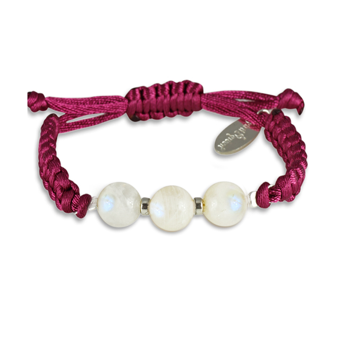 The power of 3 - Moonstone Bracelet